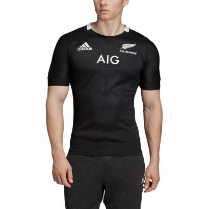 All Blacks Home Rugby Shirt S/S 2019 - Model 1